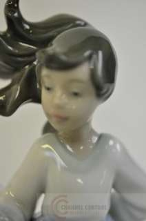 NAO By Lladro Collectable   Winged Friend #01088