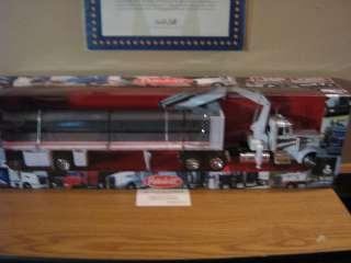 Peterbilt 379 Flatbed W/I Beam : 1:32 New Diecast