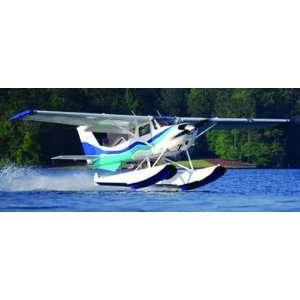 1/48 Cessna 150 w/Floats Bush Plane: Toys & Games