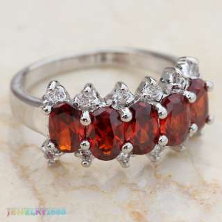 ENJOYABLE RED GARNET SILVER GEMSTONE RING Size7 D897