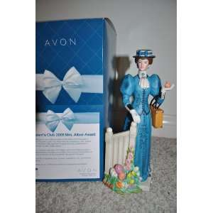 Avon Mrs. Albee Figurine 2009 Mini Kitchen & Dining