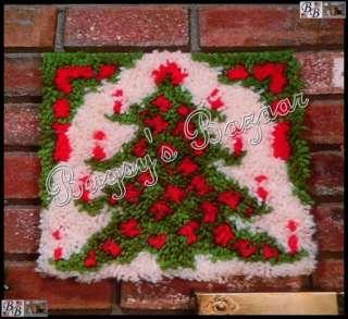 Vtg CHRISTMAS TREE Latch Hook Kit  Rug or Wall Hanging, Printed Canvas