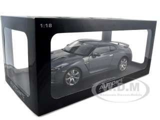 NISSAN GT R R35 GREY 1:18 DIECAST MODEL CAR AUTOART