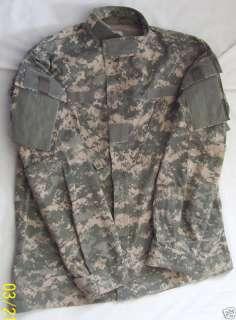 ACU Combat Uniform Shirt Coat Small Regular Military Issue 50/50