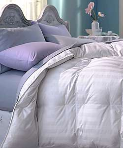 Goose Down 320 Thread Count Comforter (Full/Queen)  Overstock