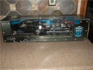 Industries Collectible Set Cadillac Escalade & Orange County Choppers