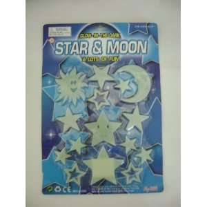 GLOW IN THE DARK STAR & MOON Toys & Games