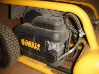 DEWALT D55146 4.5 GAL. ELECTRIC AIR COMPRESSOR