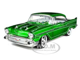 1957 CHEVROLET 210 BEL AIR PINSTRIPED BY TOM KELLY 1/24 BY M2 MACHINES