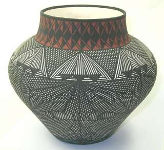 Acoma Pueblo Pottery Vase ~ 7.5 Inch   27830
