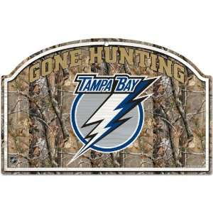 Wincraft Tampa Bay Lightning Real Tree Camo Wood Sign